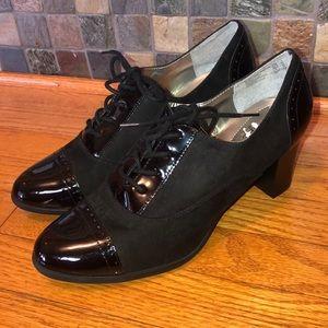 Dexflex Comfort Shoes——-Size 12